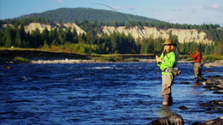 Best famous places for flying fishing in the US